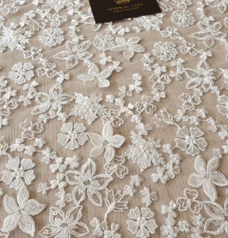 Ivory floral growing embroidery on tulle lace fabric. Photo 5