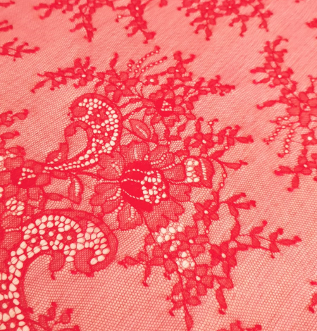 Apple red lace fabric. Photo 3
