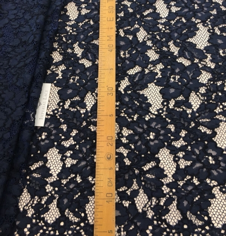 Dark blue lace fabric. Photo 7