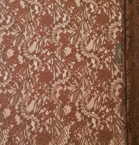 Brown floral pattern guipure lace fabric. Photo 3