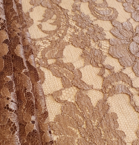 Brown viscose chantilly lace fabric. Photo 3