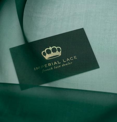 Emerald green silk organza fabric. Photo 2