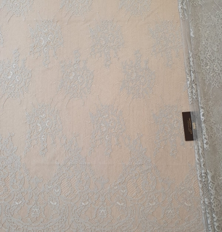 Grey floral pattern chantilly lace fabric. Photo 1