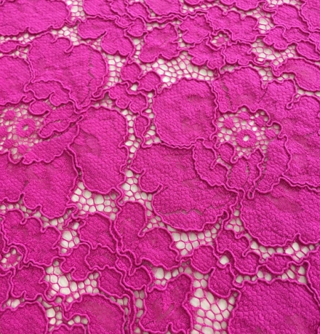 Fuchsia pink lace. Photo 4