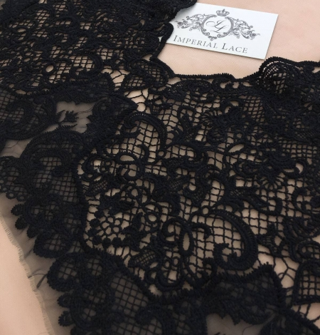 Black guipure lace trim. Photo 1