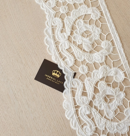 Ivory thick thread guipure lace trimming. Photo 2