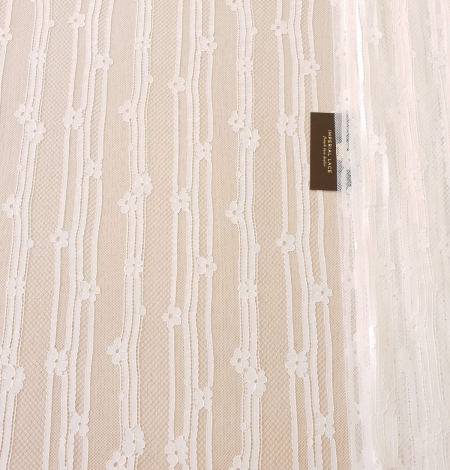 Off white 100% polyester lines and floral pattern chantilly lace fabric . Photo 7