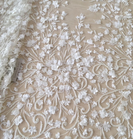 Ivory 3D beaded lace fabric. Photo 1