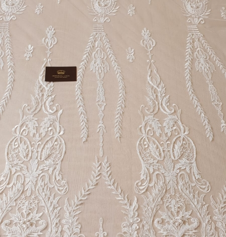 Ivory beaded lace fabric. Photo 7