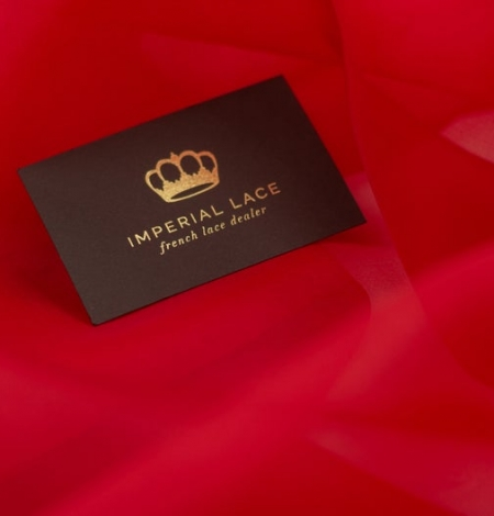 Red silk organza fabric . Photo 7