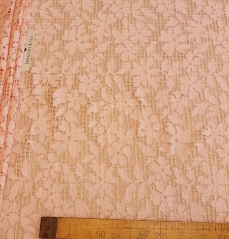 Pink floral and checkered guipure lace fabric. Photo 7