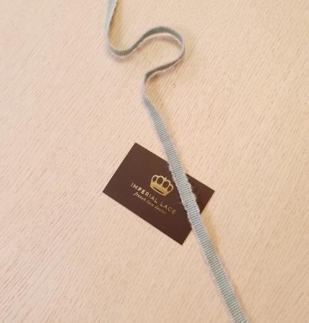 Mint green wool grosgrain ribbon application. Photo 5
