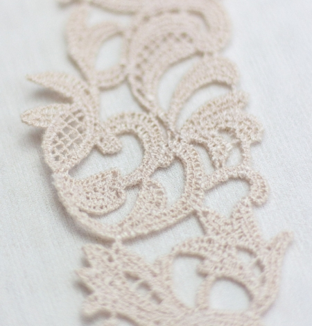 Beige organic macrame lace trimming . Photo 5