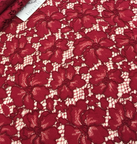 Red lace fabric. Photo 4