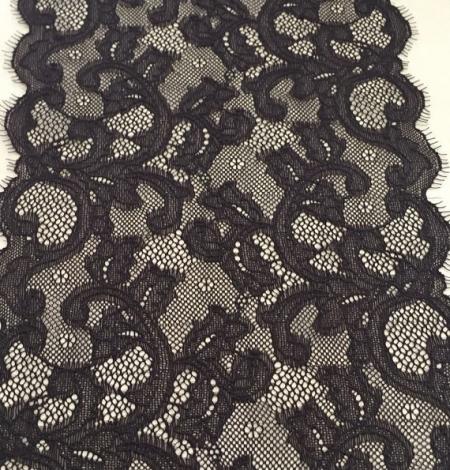 Dark brown lace trim. Photo 3