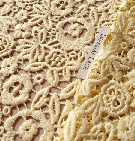 Yellow macrame lace fabric. Photo 2