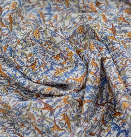 Multicolor nature pattern light cotton fabric. Photo 5