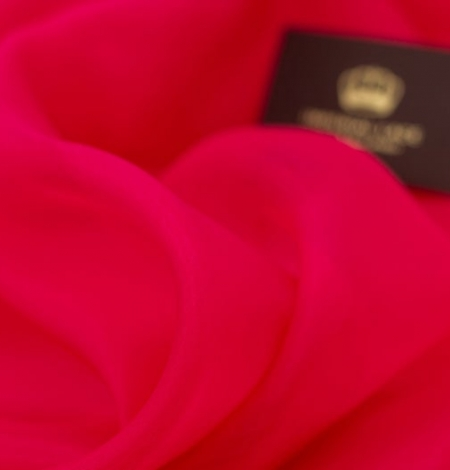 Fuchsia pink silk organza fabric. Photo 5