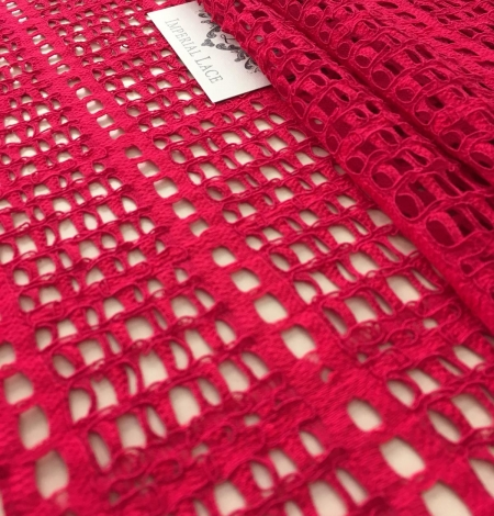 Raspberry red lace fabric. Photo 7