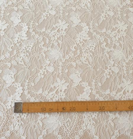 Ecru guipure lace fabric. Photo 10