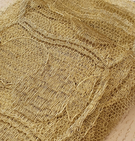 Gold chantilly lace fabric. Photo 5
