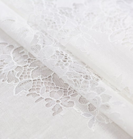 Ivory chantilly with fabric lace . Photo 6