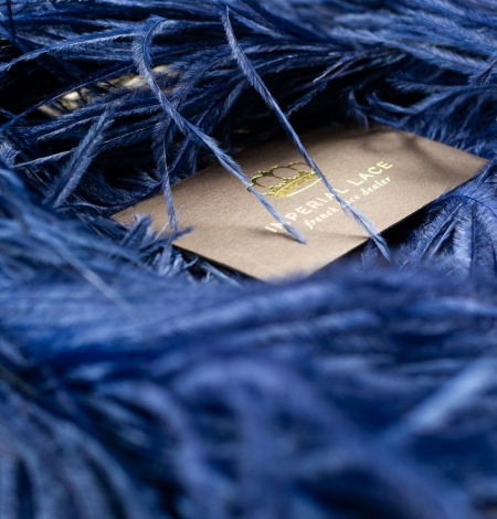 Dark blue natural ostrich feather. Photo 2