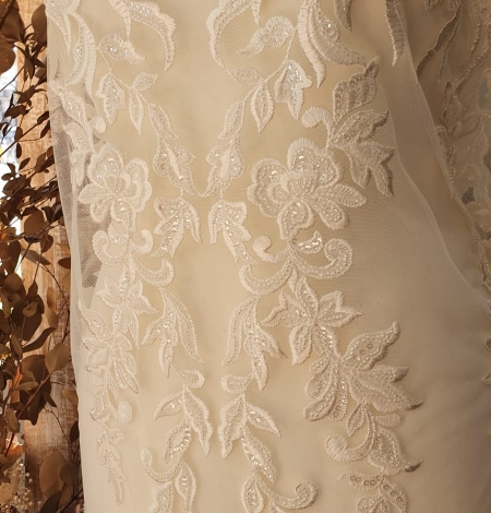 Ivory thick embroidery beaded lace fabric. Photo 10
