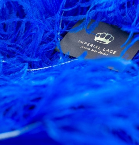 Royal blue natural ostrich feather. Photo 1