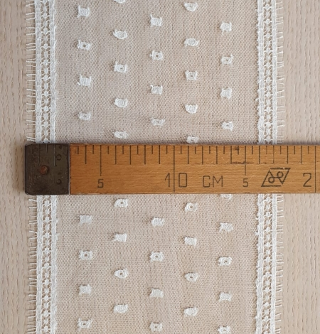 Ivory chantilly lace trimming . Photo 7