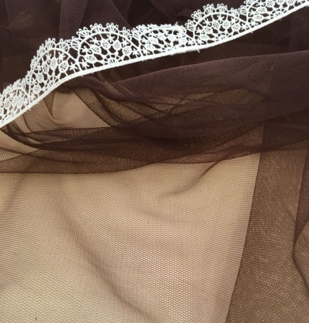 Brown tulle fabric. Photo 6