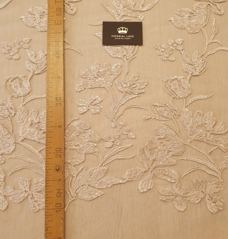 Beige 100% polyester floral pattern embroidery sequins on tulle lace fabric. Photo 10