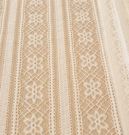 Ivory 100% polyester stripes and flowers guipure lace fabric. Photo 7