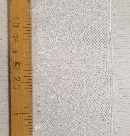 Ivory natural chantilly lace trimming by Jean Bracq. Photo 6