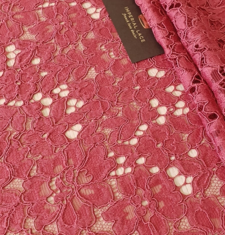 Rasberry pink 100% polyester floral guipure lace fabric. Photo 2