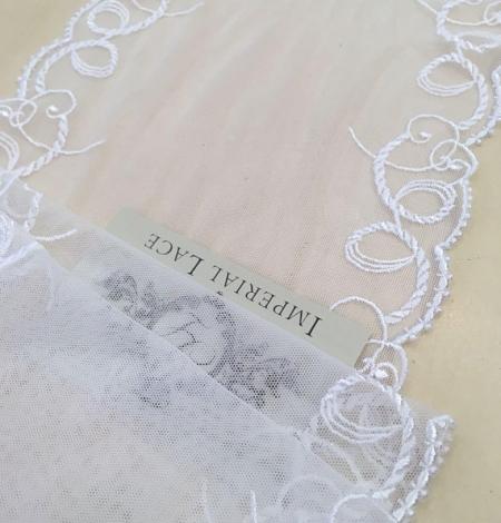 White lace trim. Photo 4