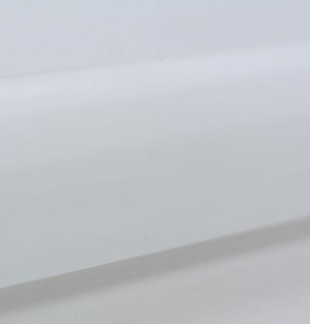 White crinoline fabric . Photo 7