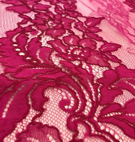 Fuchsia pink lace fabric. Photo 5