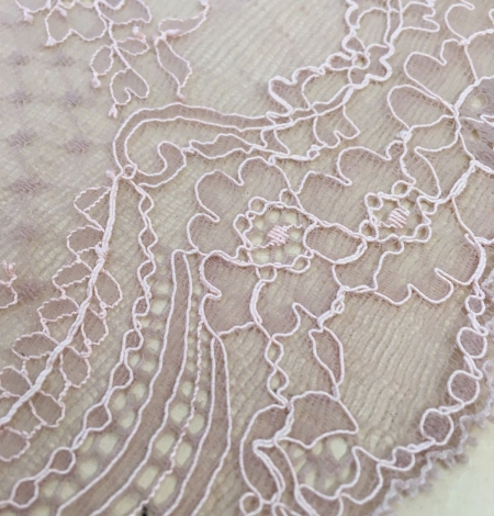 Old Rose lingerie lace trimming. Photo 3