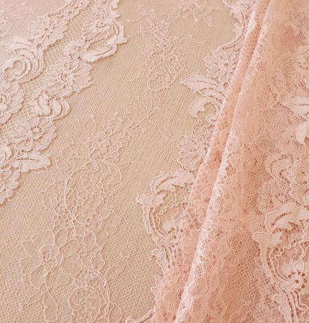 Pink guipure with chantilly lace fabric. Photo 3