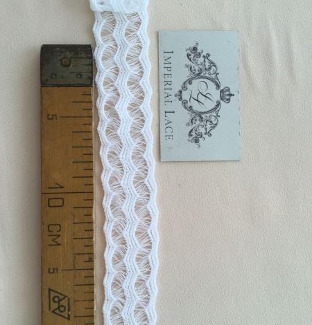 White lace cotton trim. Photo 6