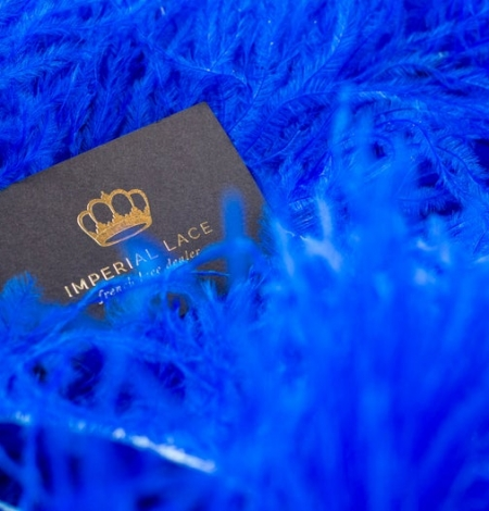 Royal blue natural ostrich feather. Photo 4
