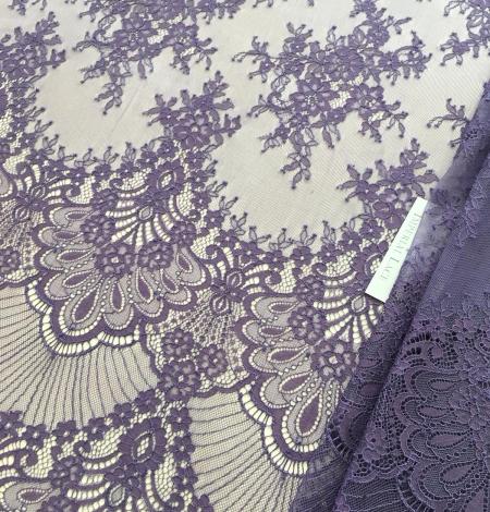 Lilac lace fabric. Photo 6