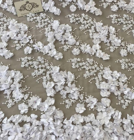 White flowers lace fabric 3D. Photo 2