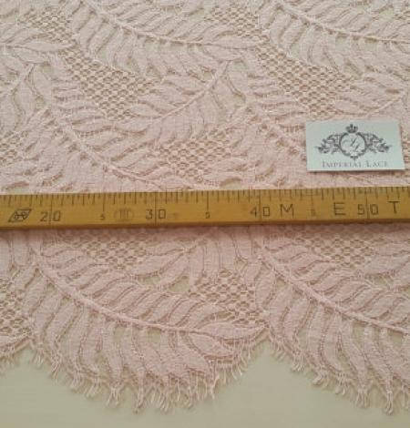 Pink organic pattern guipure lace fabric . Photo 4