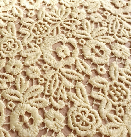 Yellow macrame lace fabric. Photo 5