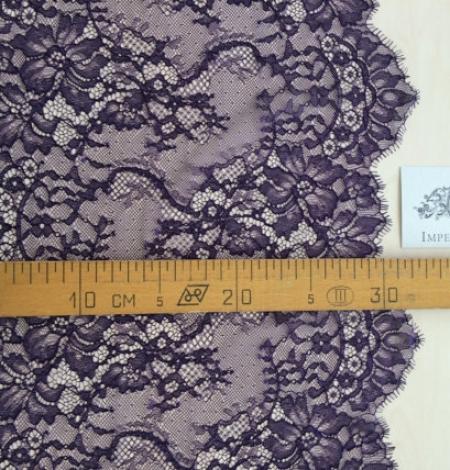 Purple soft lace trimming. Photo 5