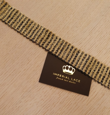 Gold and black elastic ribbon application. Photo 4