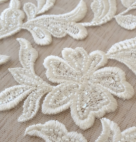 Ivory thick embroidery beaded lace fabric. Photo 3