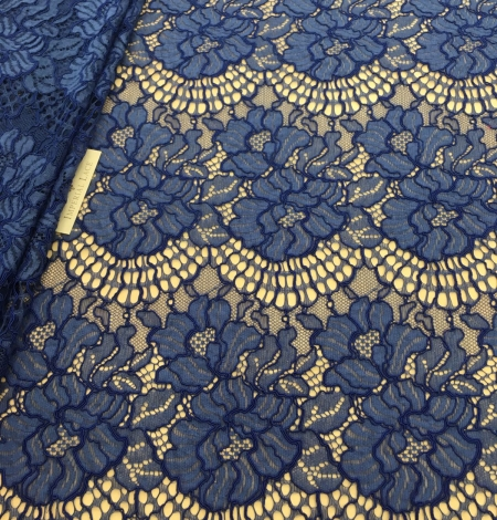 Blue lace fabric. Photo 1